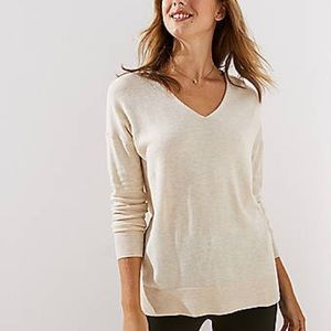 Loft light tan pullover long sleeve sweater size M
